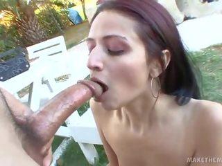 Marissa Mendoza Sucks putz For A Job